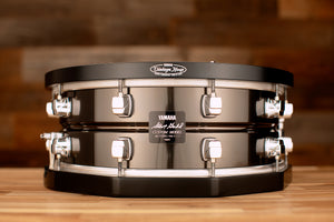 YAMAHA 14 X 5 STEVE GADD SIGNATURE STEEL SNARE DRUM (SD-255SG) WITH YAMAHA VINTAGE WOOD HOOPS (PRE-LOVED) (S.N. 182)