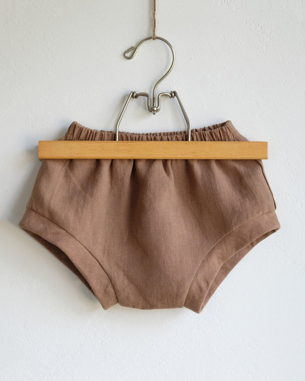 Bloomers in Toffee