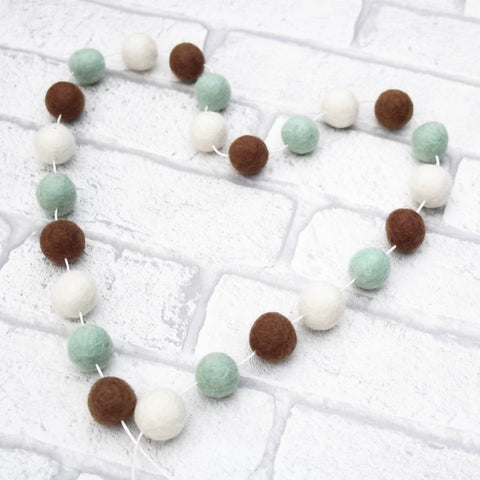 Mint Chocolate Chip Sundae Felt Ball Garland