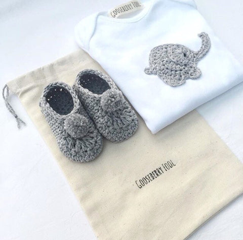 Vest and bootie gift set