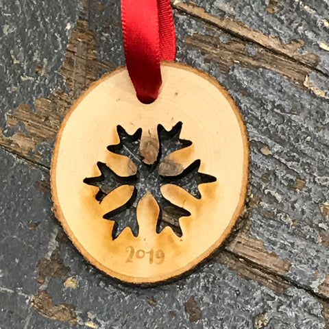 Snowflake 2019 Log Wood Engraved Holiday Christmas Tree Ornament