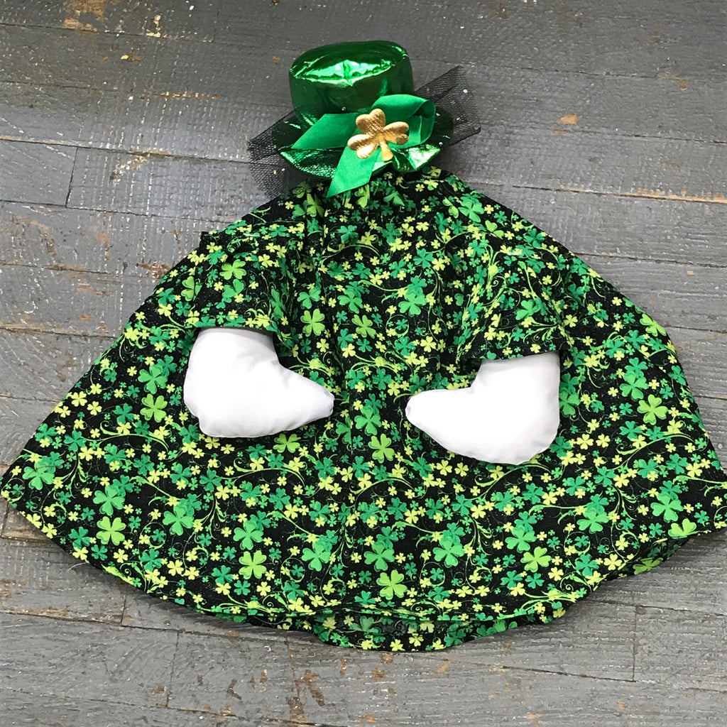 <p>Goose Clothes Complete Holiday Goose Outfit St Patrick's Glitter Clover Dress and Hat</p> <p> </p>