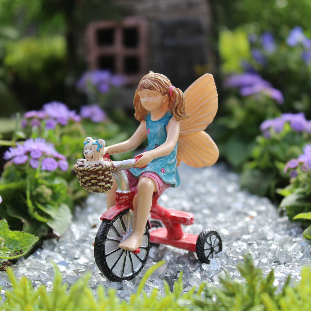 Fairy Garden Fairy Pixie 'Lizzie's Day Out' Statue Miniature