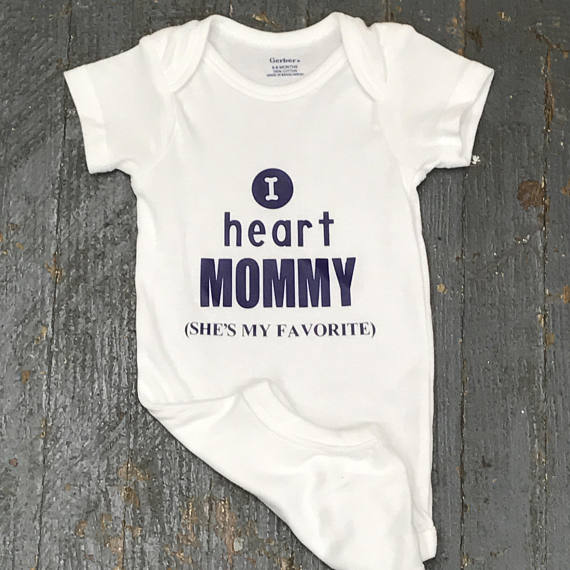 I Heart MOMMY Personalized Onesie Bodysuit One Piece Newborn Infant Toddler Outfit