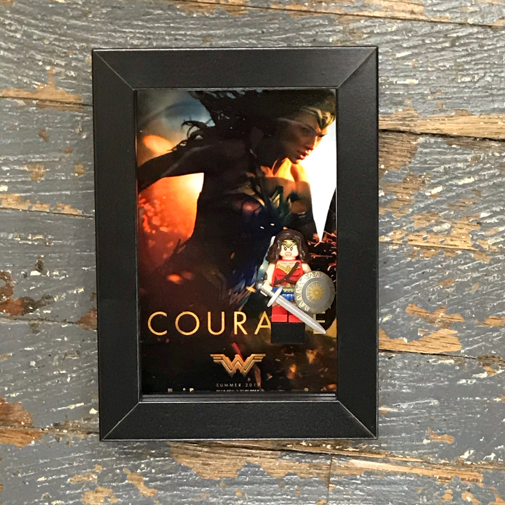 Wonder Woman DC Comics Courage Lego Figurine Wall Display Picture Frame Toy Art