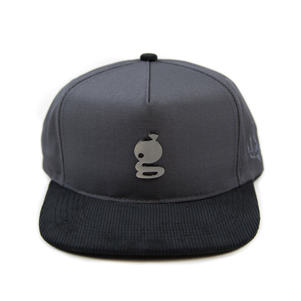 Grandeur Metal 'g' Logo Structured Charcoal Hat With Leather Strap