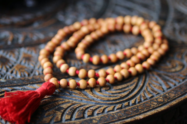Sandalwood mala 8 mm 108 rosary, sandalwood japa mala necklace, mens necklace, wood bead, hindu meditation buddhist tibetan prayer beads