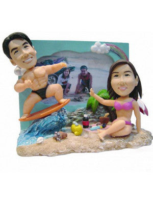 Beach Couple with Photo Frame - National Bobblehead HOF Store