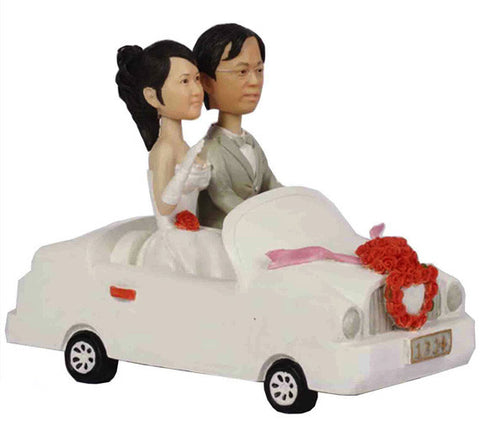 Wedding Couple in Car - National Bobblehead HOF Store