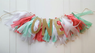 highchair tassel banner and gold glitter one banner