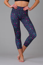 Raving Leopard Women's 7/8 Leggings