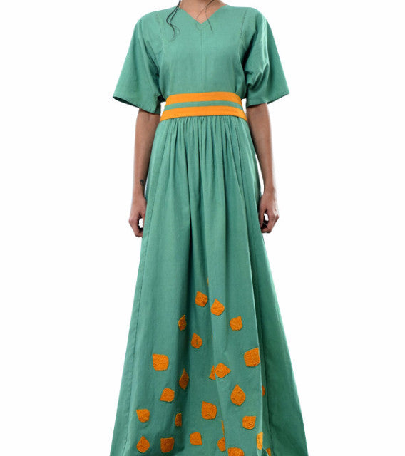 green maxi dress with applique and belt - kanelle - main