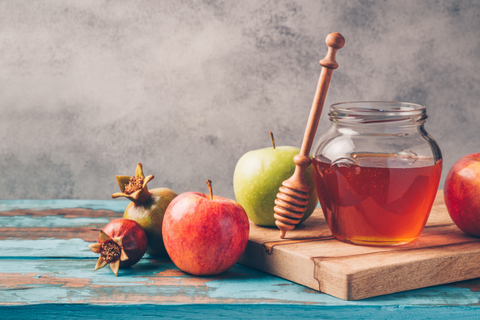 Honey and fruits