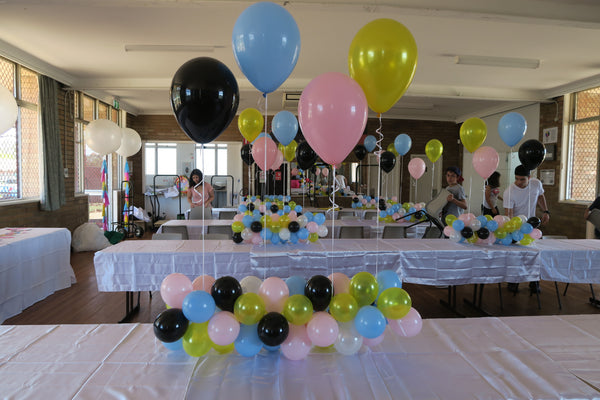 Table Runner balloon garland