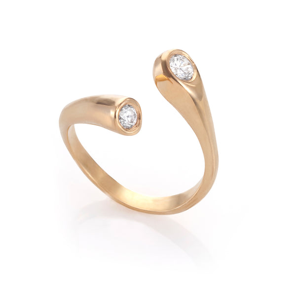 Two diamonds hug ring
