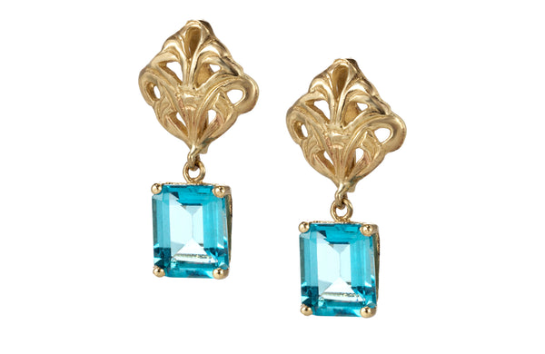 Swing blue topaz earrings