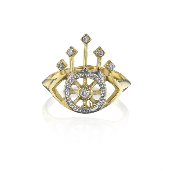 Queen's eye ring with natural diamonds