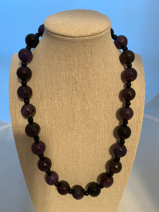 Deep Purple Dragon Veins Agate & Black Agate 20