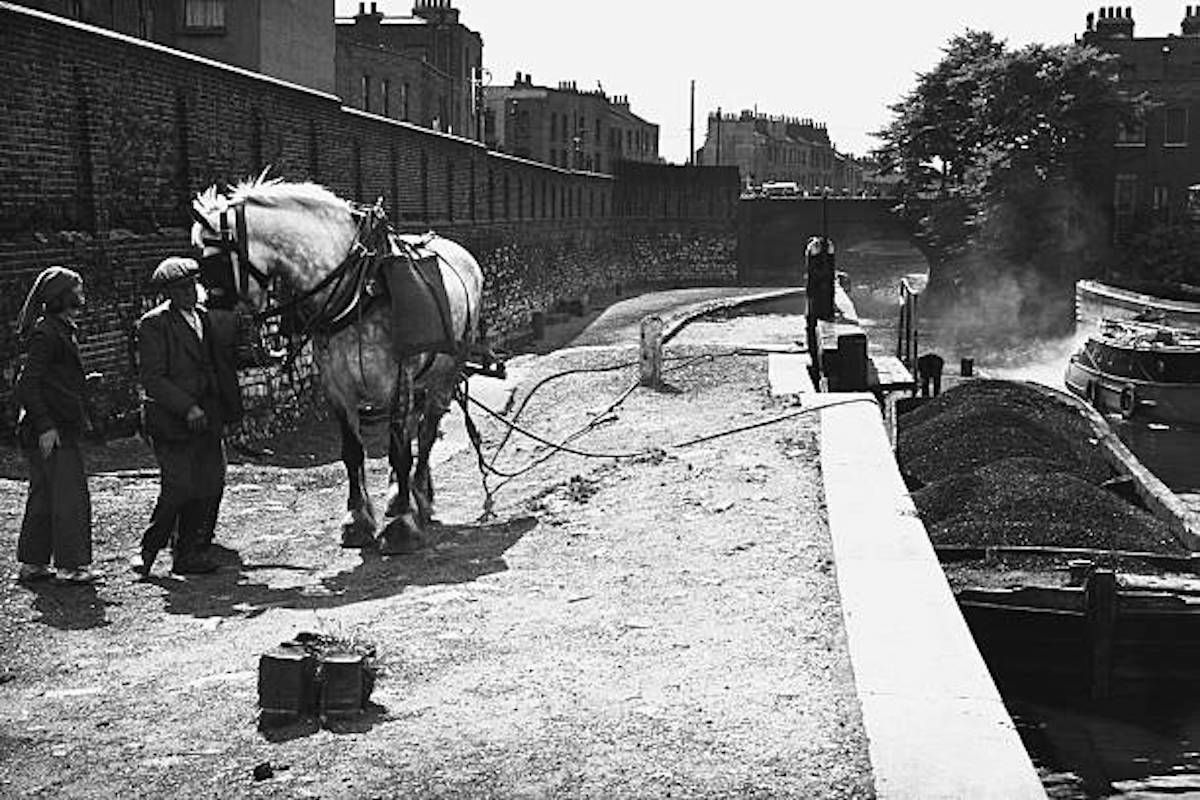 A Brief History Of Regent's Canal
