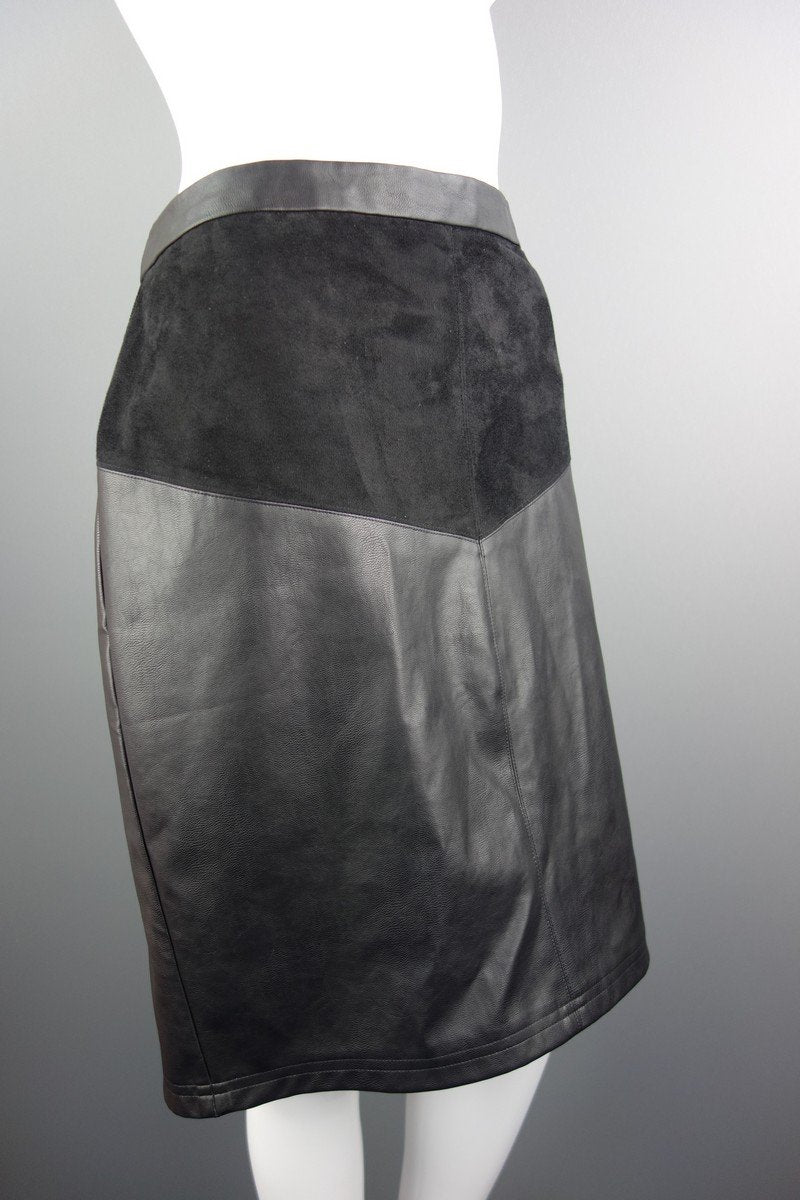 d7a2ac64944c Papaya Black Faux Leather Knee Length Skirt Size 16 - Miss Glamess