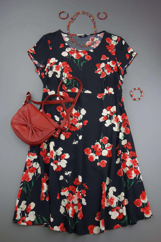 Black with Red Flowers Dress Size UK 10 (EUR 38) - £10.00