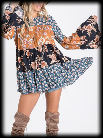 Bell sleeve floral color block tunic
