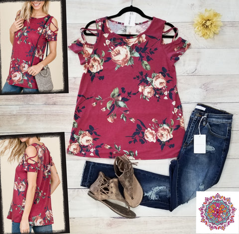 Short sleeve criss cross open shoulder floral top