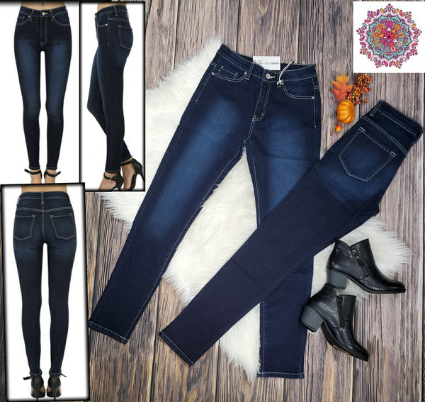 Kan Can non-distressed skinny jeans