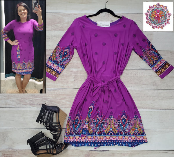 3/4 sleeve border print lined dress