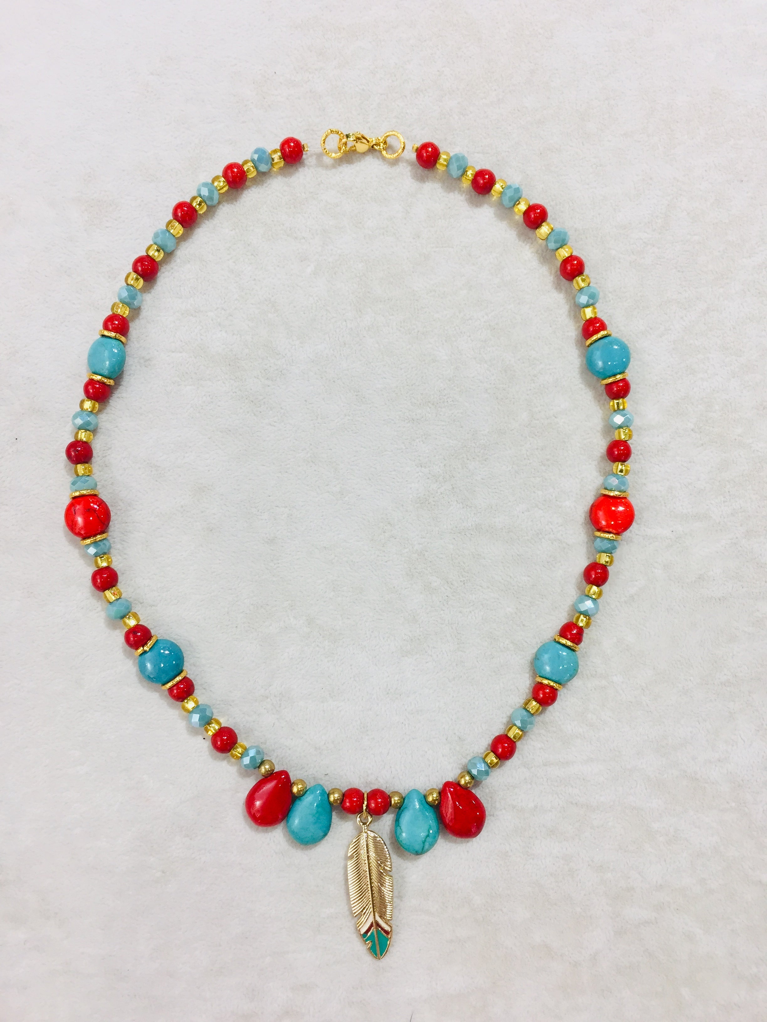 Moma's Murano Necklace with gold feather