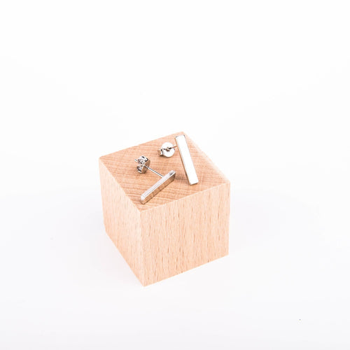 KB58 Rectangle Earstuds Silver