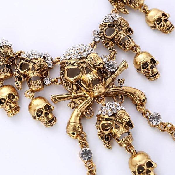 Collier Skulls and Bones couleur argent ou or