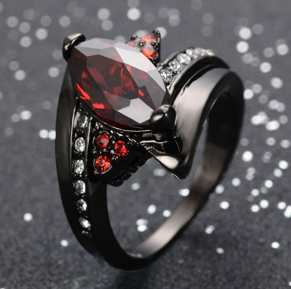 Bague Black Goth Red Eye pour Femme.