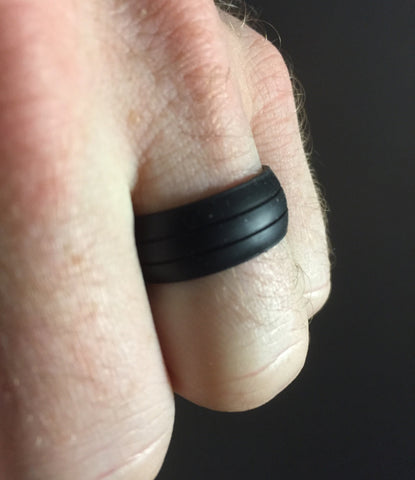 The Groove - Black Flexible Silicone Fitness Wedding Band with Style Grooves