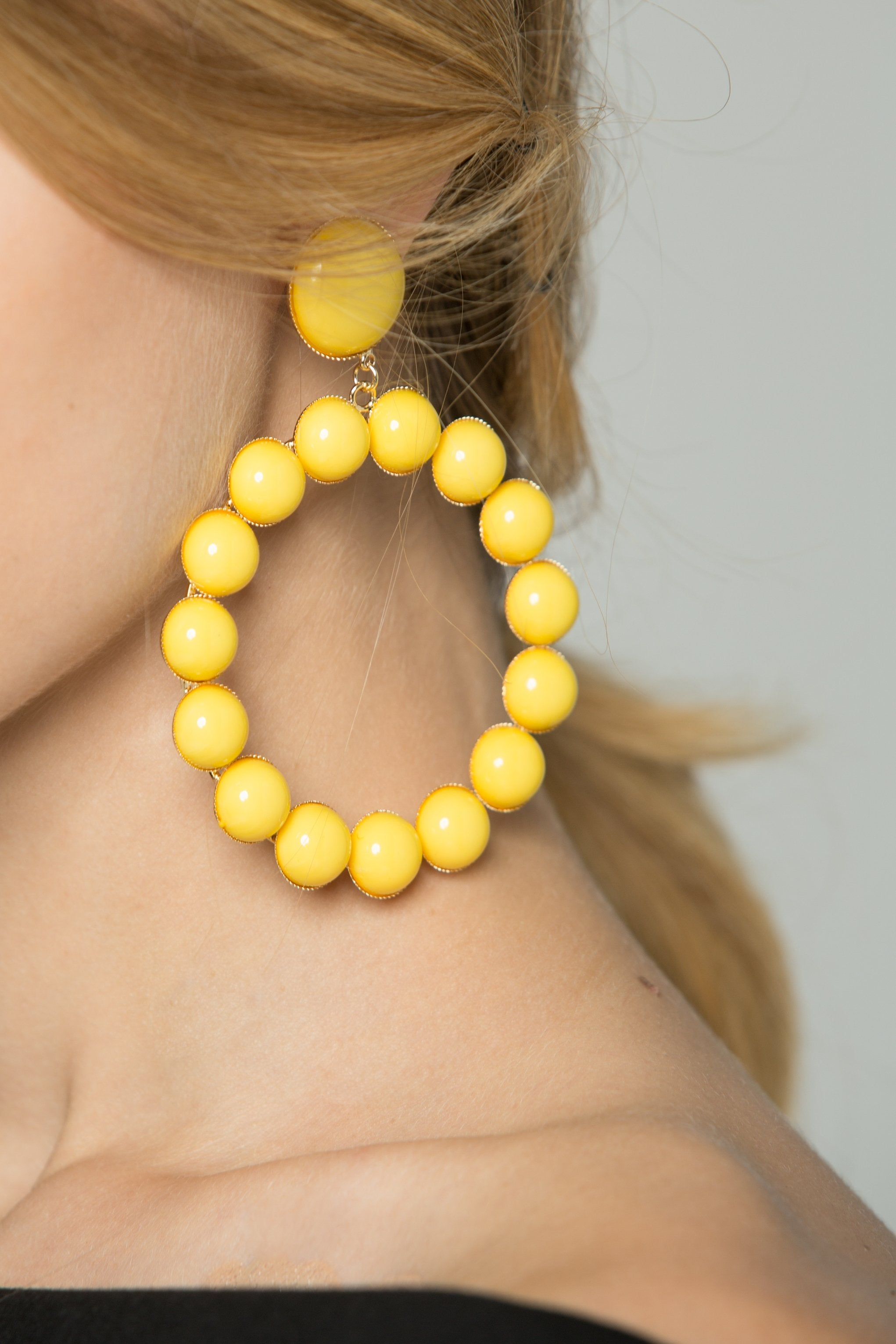 Yellow Round Acrylic Studs Earrings