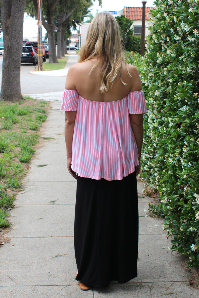 Lucia - Cold Shoulder Top