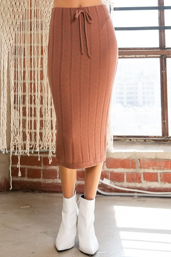Ana - Ribbed Midi Skirt