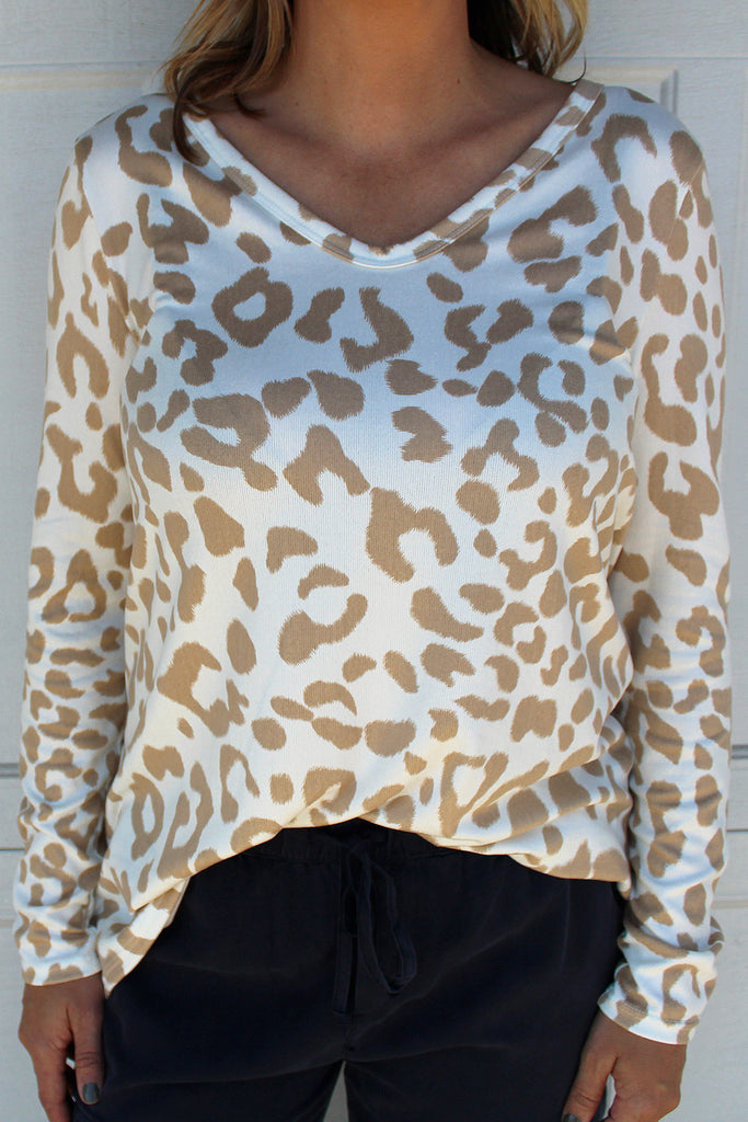 Laura - Leopard Top