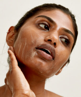 How to manage oily skin & acne