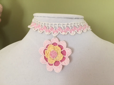 Single Pink Flower Choker - Vintage Lace