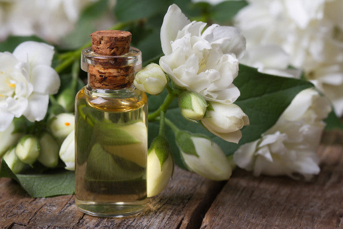 Jasmine essential oils for aromatherapy