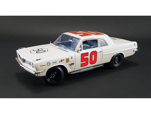 Diecast 1963 Tempest stock car 1/18