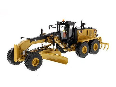 Diecast CAT Caterpillar 16M3 Motor Grader w/ operator High Line Series 1/50th