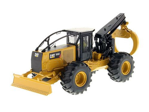 Diecast CAT Caterpillar 555D Wheel Skidder w/ operator 1/50th High Line Series