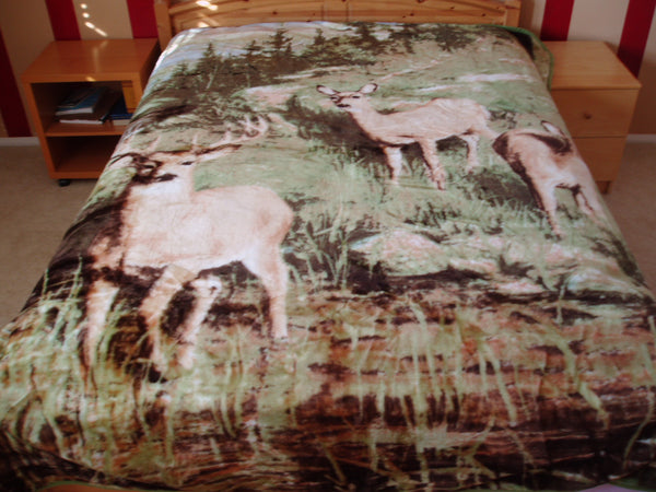 Mink Style Queen Size Blanket, Deers at River, Q931