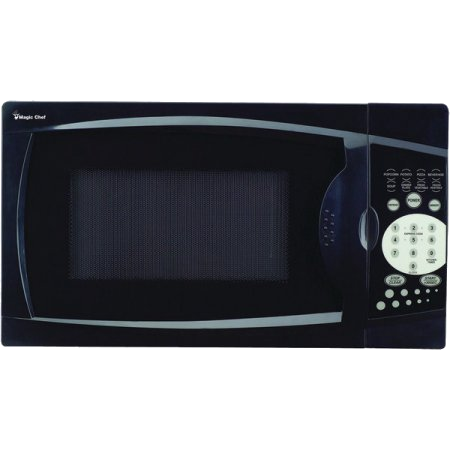 MAGIC CHEF MCM770B .7 Cubic-ft, 700-Watt Microwave with Digital Touch