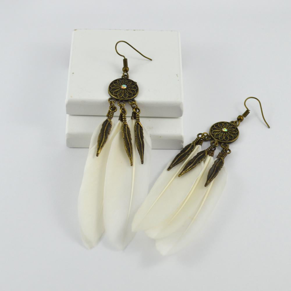 Sasha Feather Earrings in White and Vintage Gold