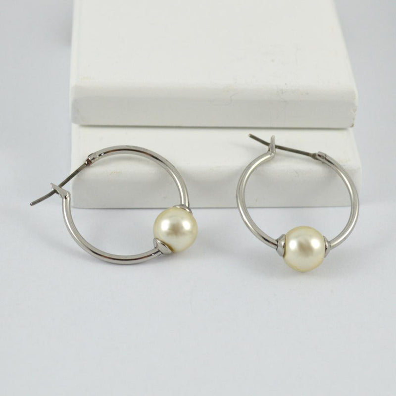 Silver Hoop Earrings with White Pearl
