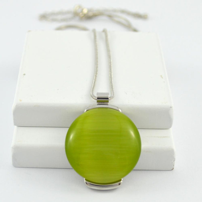 Lara Pendant in Silver with Lime Stone