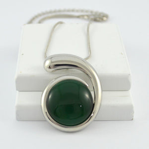 Tia Pendant in Silver with Green Stone